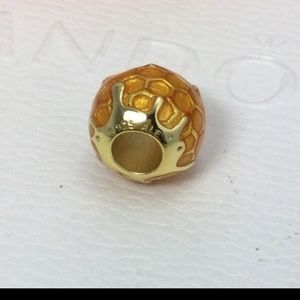 Pandora honey bee charm